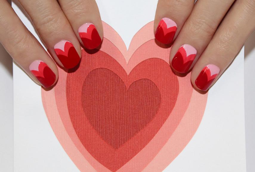 Valentin napi körömdíszítés